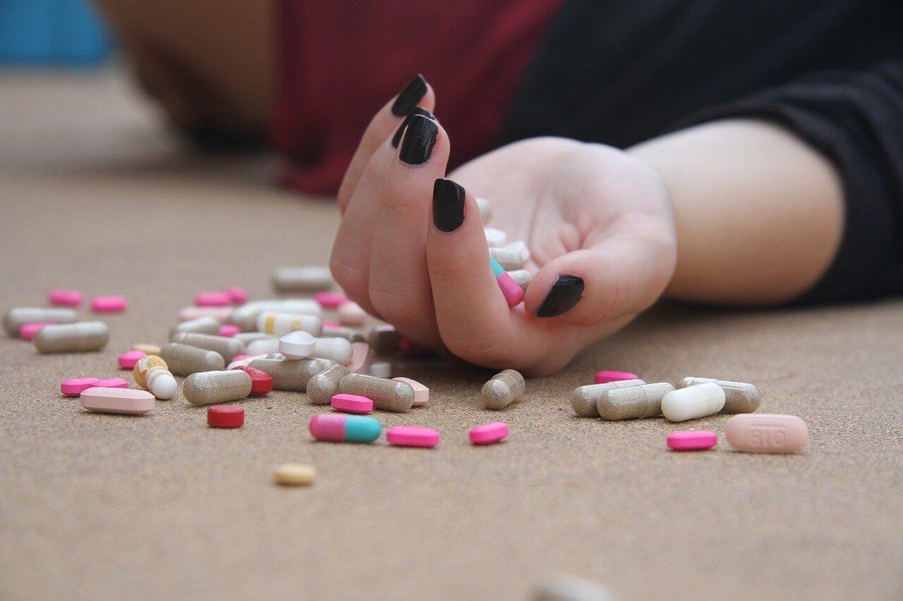 suicidio con pastillas